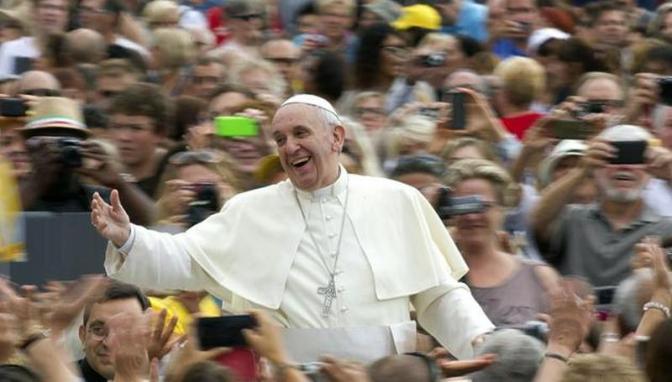 Favorite Dish of Pope Francis – Bagna Cauda Recipe