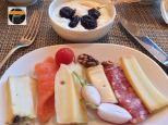 Breakfast buffet1