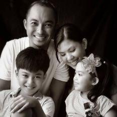 Mike Yau family