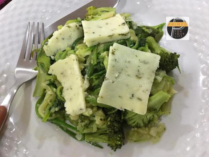 Zudles, Broccoli & Spinach with Bagna Caude Sauce