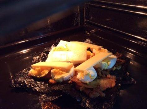 nori-seaweed-breakfast-pizza5