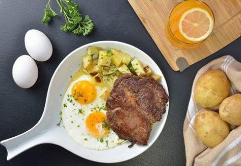 hai-chix-breakfast