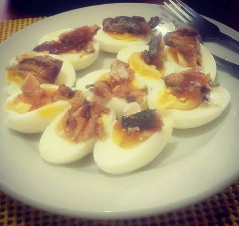Sardines with boiled eggs